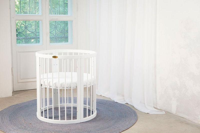 фото овальной кроватки в интерьере